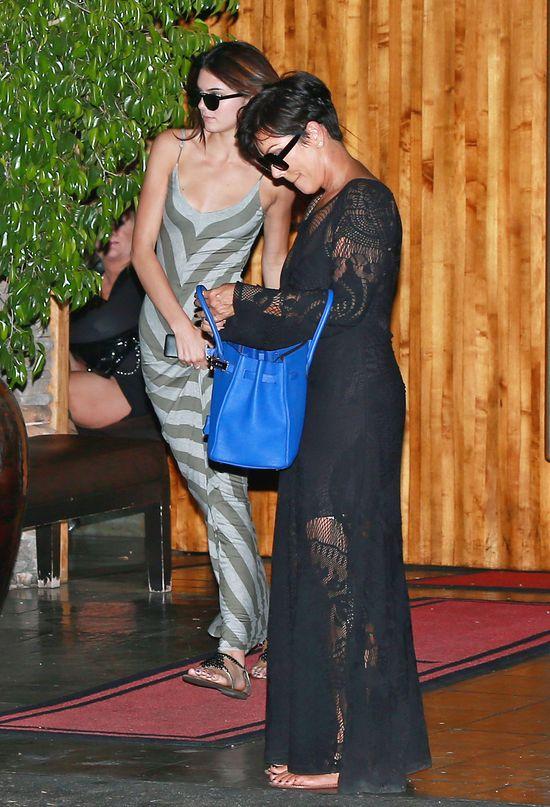 Klan Kardashianów wraca do pracy (FOTO)