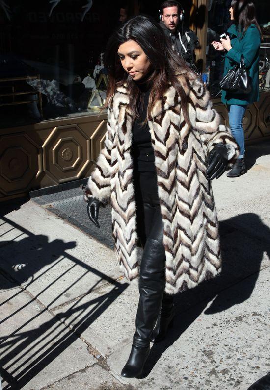 Kardashianki nie zatrudniają stylistów? (FOTO)