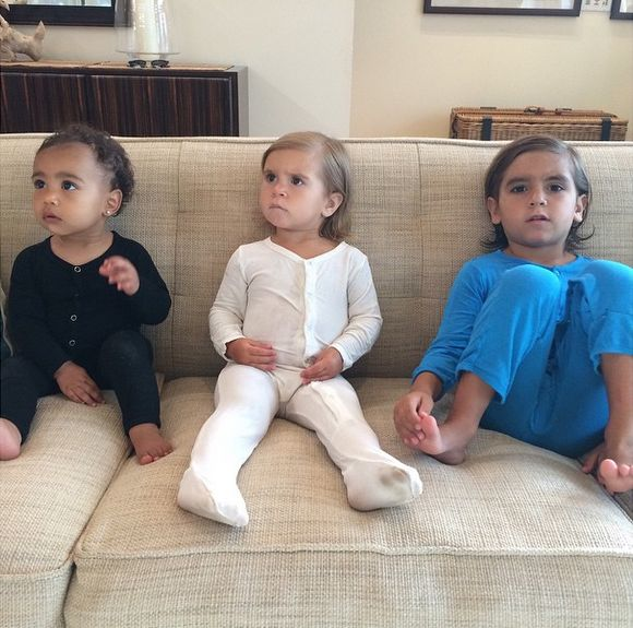 Najmłodzsze pokolenie Kardashianów już pozuje FOTO