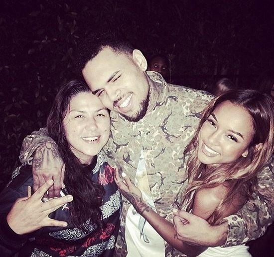 Chris Brown świetuje urodziny z gwiazdami porno (FOTO)