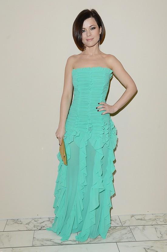 Czy tę sukienkę Kasia Cichopek też projektowała sama? (FOTO)
