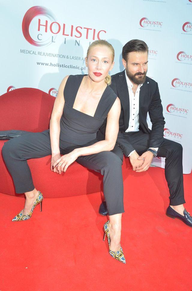 Katarzyna Warnke o seksie z kobietą i niemoralnych propozycjach od producentów