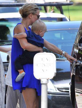 Kate Hudson pochłonięta opieką nad dziećmi (FOTO)