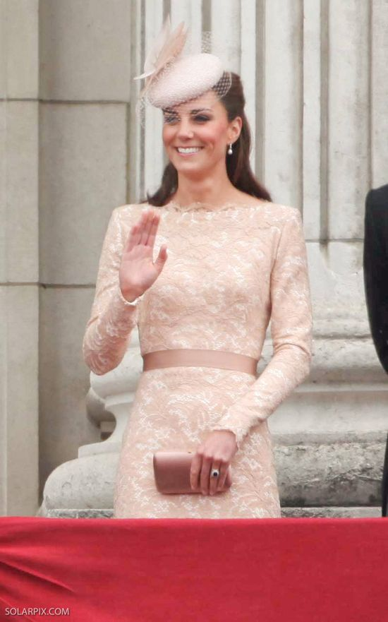 Sekret piękna Kate Middleton? Jad z żądła pszczoły