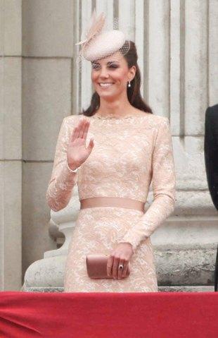 Jak często Kate Middleton chodzi do fryzjera?