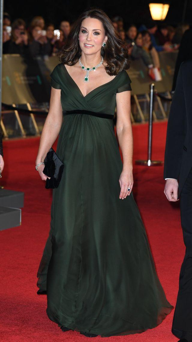 Oto PRAWDZIWY powód, dla którego Kate nie założyła czarnej kreacji na BAFTA