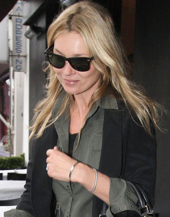 Kate Moss w Vanity Fair - piękna, blond, wspomina Deppa