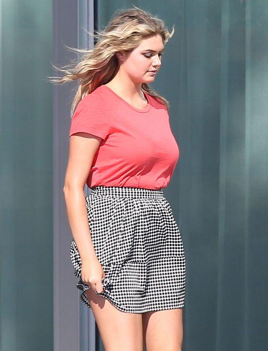 Kate Upton ścięła włosy (FOTO)