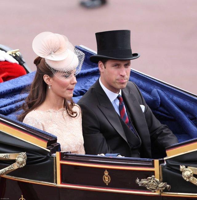 Księżna Kate ma urodzić w lipcu