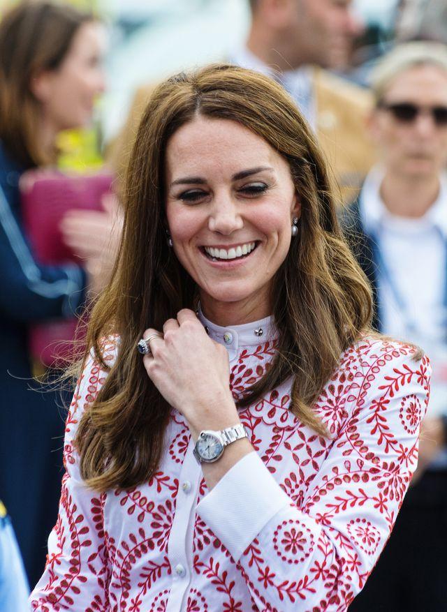 Internauci twierdzą że księżna Kate w ten sposób zdradziła płeć dziecka