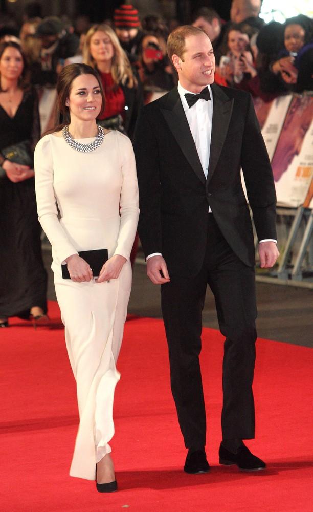 Książę William podaruje Kate na 3. rocznicę ślubu... (FOTO)