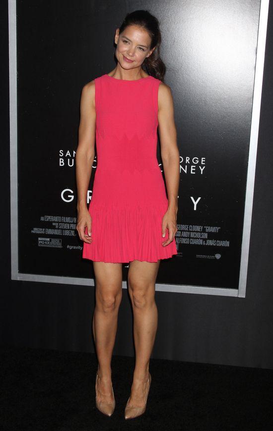 Katie Holmes marzy o roli w 50-ciu twarzach Greya