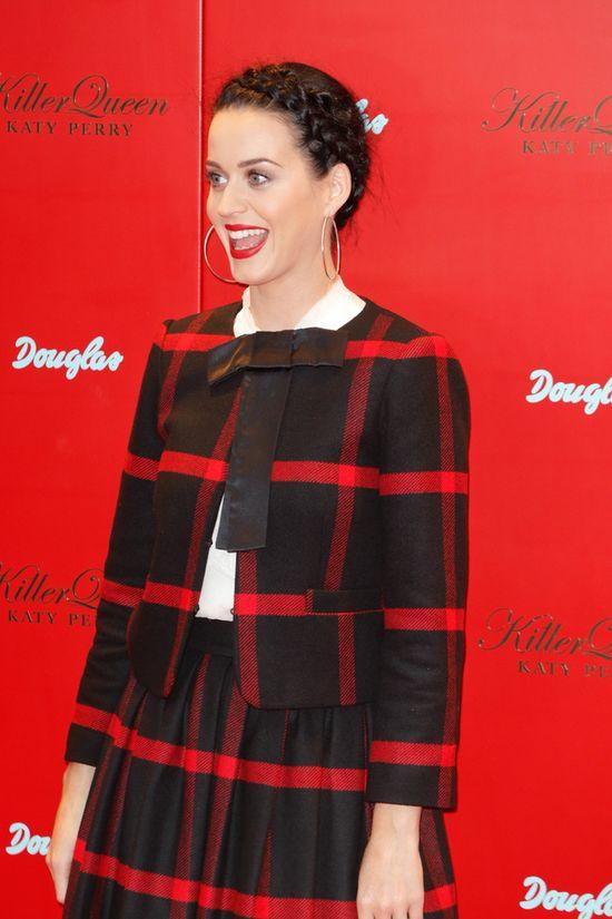 Katy Perry: Wymodli�am sobie du�e piersi!