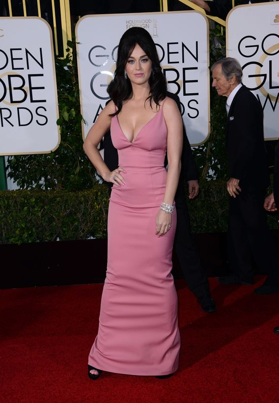 Katy Perry na Złotych Globach niczym lalka z sex shopu?