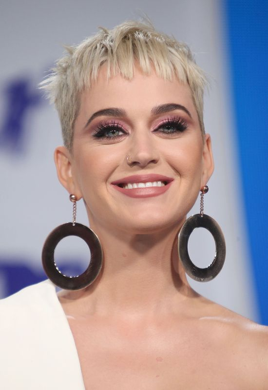 Katy Perry nie ma już najbrzydszej fryzury w show biznesie