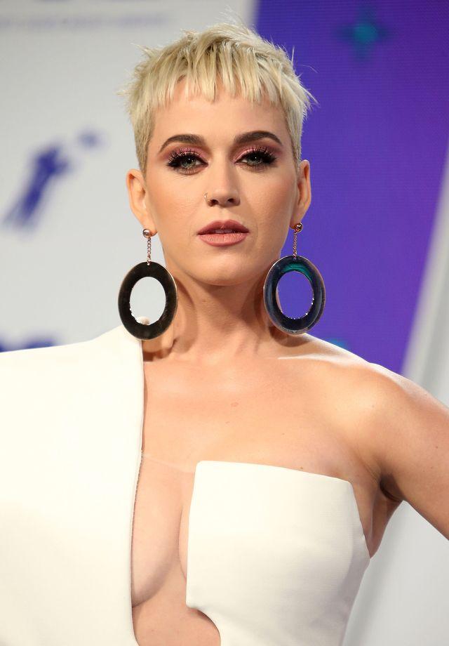 Katy Perry już zajęła się pocieszaniem Roberta Pattinsona po rozstaniu