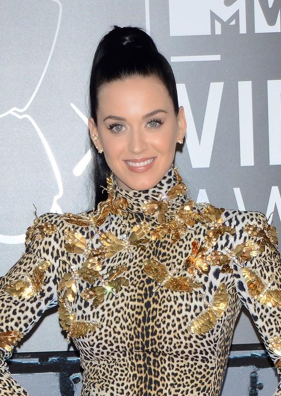 Katy Perry na MTV VMA 2013: Złoty grill na zębach (FOTO)
