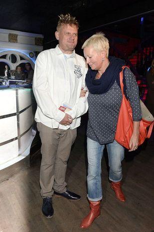 Kazik Staszewski z żoną Anną na premierze (FOTO)