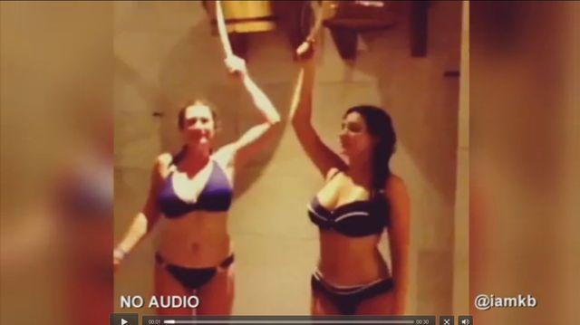Kelly Brook pochwaliła się video spod prysznica (VIDEO)