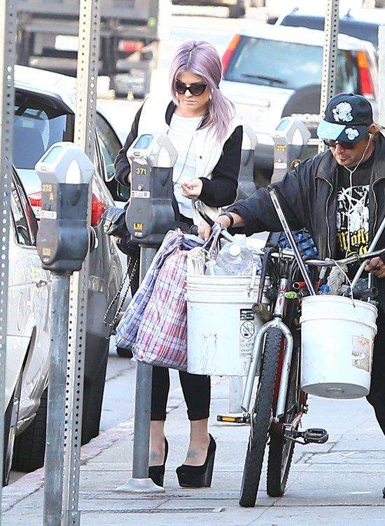 Kelly Osbourne kwitnie przy swoim chłopaku (FOTO)