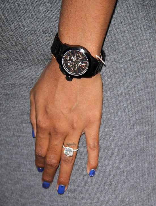 Ciężarna Kelly Rowland nie rezygnuje z pracy (FOTO)