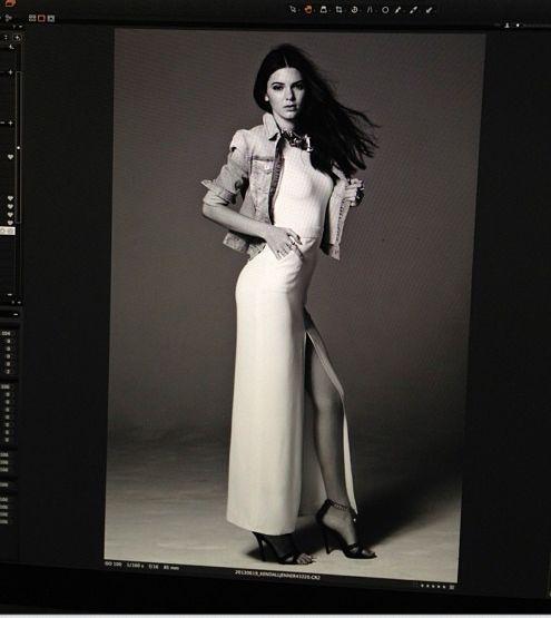 Kendall Jenner robi sobie zdjęcia w wannie (FOTO)