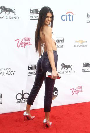 Kendall Jenner pokazała zdjęcie z nowej sesji dla Love FOTO