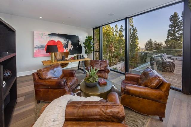 Kendall Jenner kupi�a dom. Mamy mn�stwo zdj�� (FOTO)