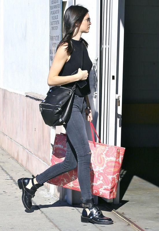 Dakota Johnson szczuplejsza od modelki? (FOTO)