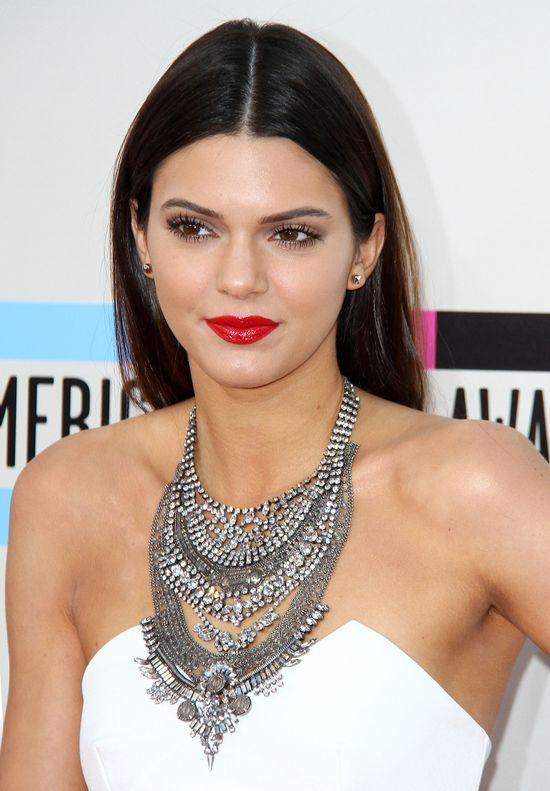 Kendall Jenner odbi�a ch�opaka Selenie Gomez?