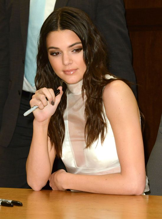 Kendall Jenner spotyka się teraz z przyjacielem Stylesa