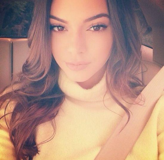 Kylie i Kendall Jenner umawiają się dla sławy!