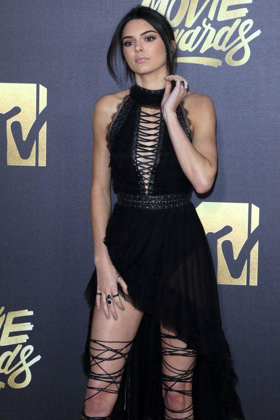 Kendall Jenner to POTWORNA SZEFOWA!