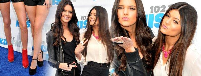Gorące siostry Jenner na koncercie (FOTO)