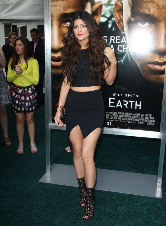 16-letnie Kylie Jenner pokazuje coraz więcej (FOTO)
