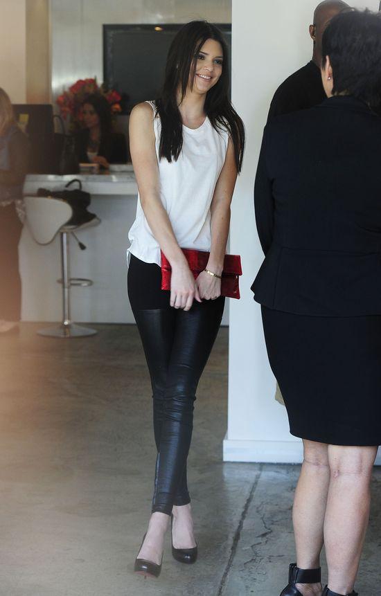 Kylie i Kendall Jenner pod obstrzałem paparazzi (FOTO)