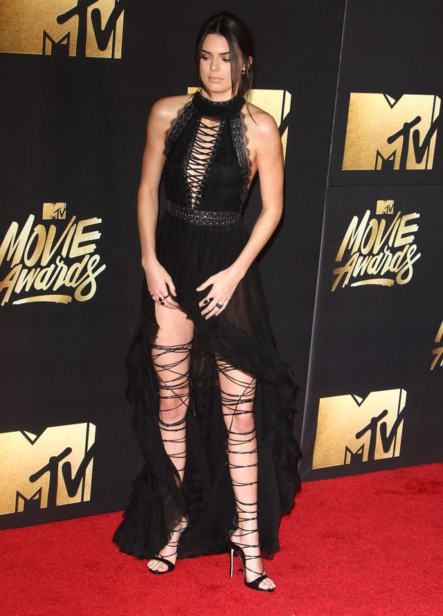 Kendall Jenner skradła show podczas MTV Movie Awards (FOTO)