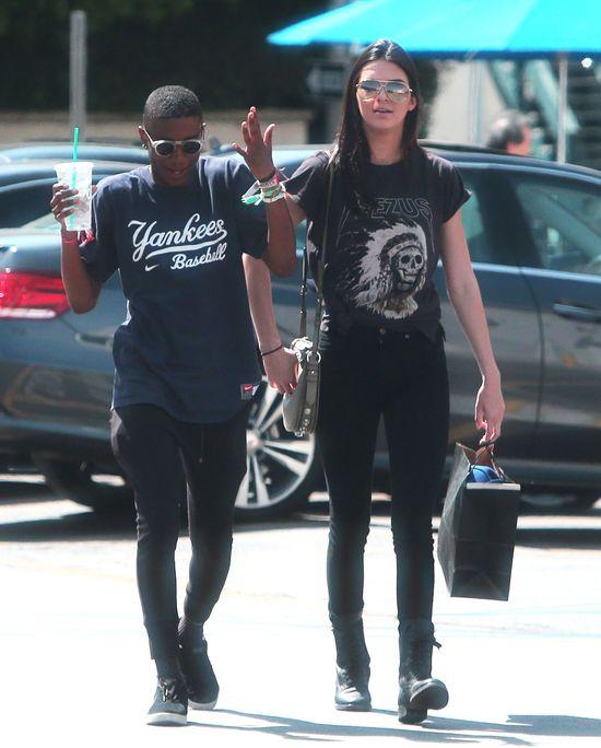 Te zdjęcia Kendall Jenner wywołały burzę! (FOTO)