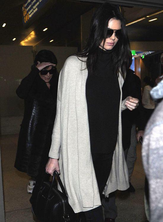 Kendall wróciła z Paryża pokłócona z Kris Jenner (FOTO)