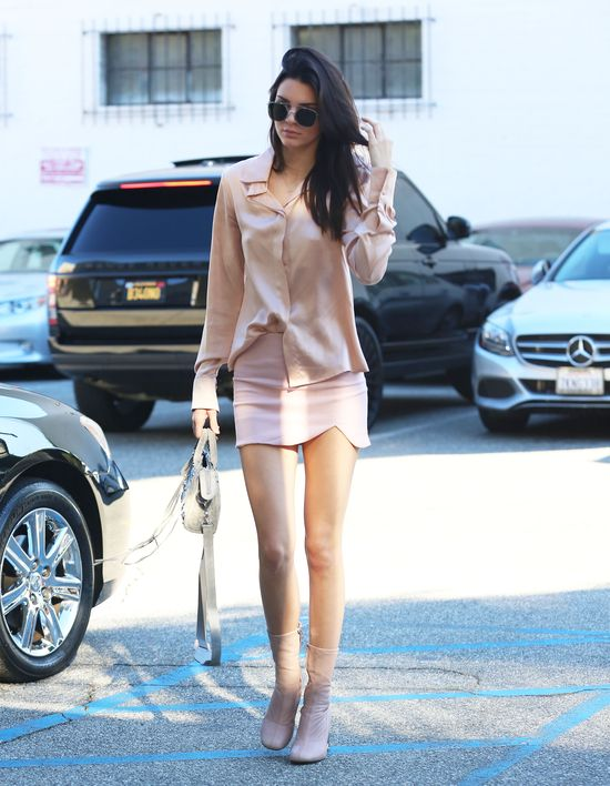 Kendall Jenner ma poważny problem?! (FOTO)