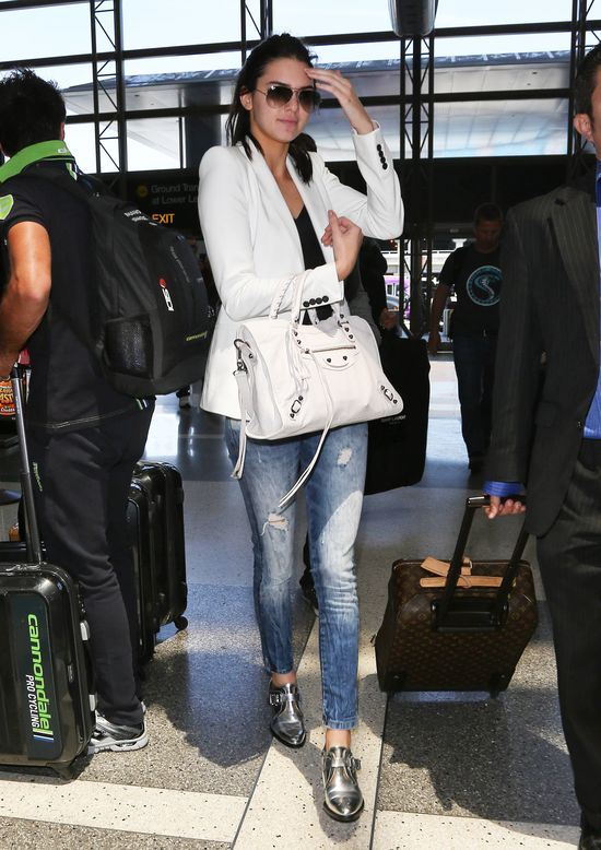 Khloe Kardashian i Jennerki też już są w Paryżu (FOTO)