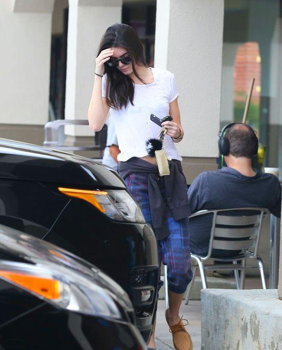 Kendall Jenner miała gorszy dzień (FOTO)