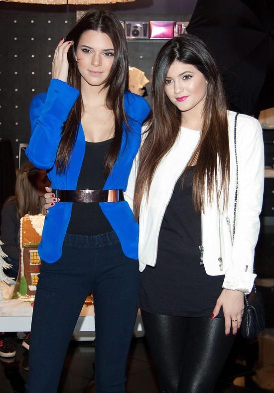 Kendall i Kylie Jenner imprezuja w kasynie (FOTO)