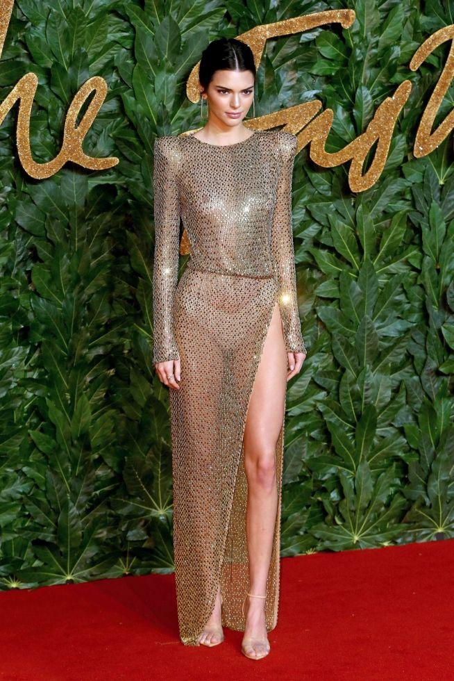 Nie uwierzycie, co Kendall Jenner ZJADŁA po gali Fashion Awards