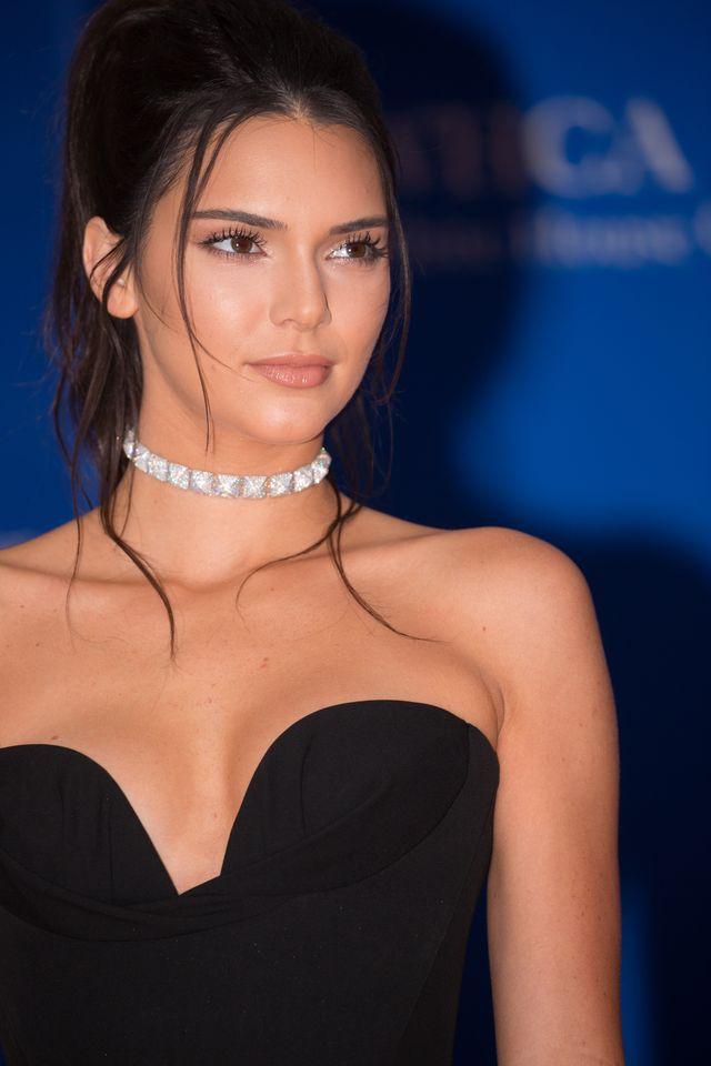 To zdjęcie Kendall Jenner sprawiło, że fani się oburzyli (Instagram)