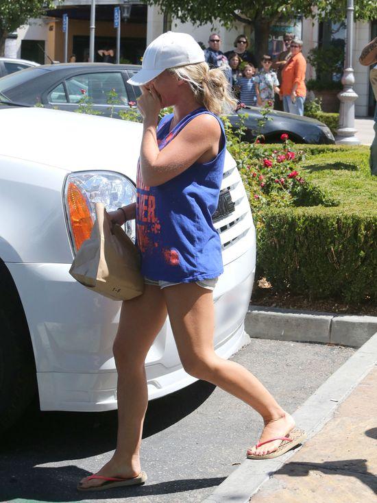 Kendra Wilkinson bez szpilek już nie czuje się pewnie (FOTO)