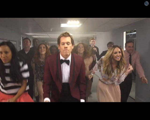 Kevin Bacon 30 lat po Footloose znów tańczy do tamtej muzyki
