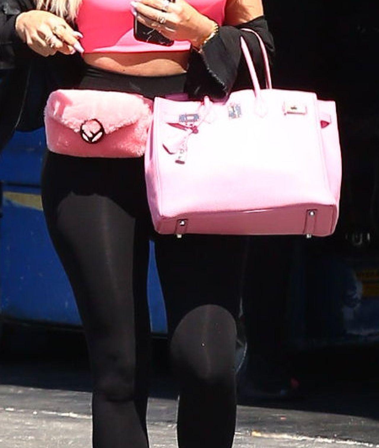 WIDAĆ, że Khloe ma jeszcze do zrzucenia 7 kg po ciąży?