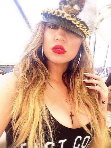 Khloe Kardashian też retuszuje swoje zdjęcia? (FOTO)