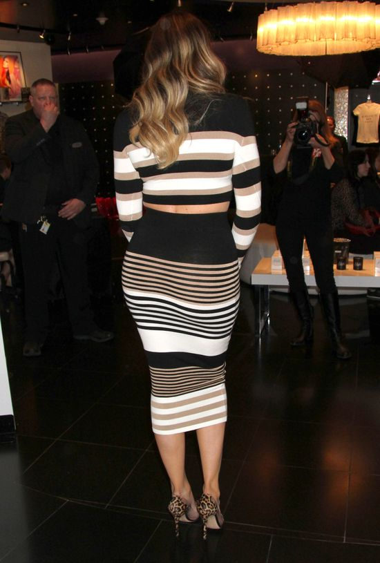 Z kim Khloe Kardashian przyjdzie na ślub Kim i Kanye?